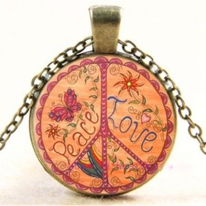 Jewelry - Necklace- NEW- Peace Symbol Love